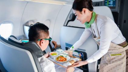 [Cập nhật] Đồ ăn trên máy bay Bamboo Airways và review chi tiết