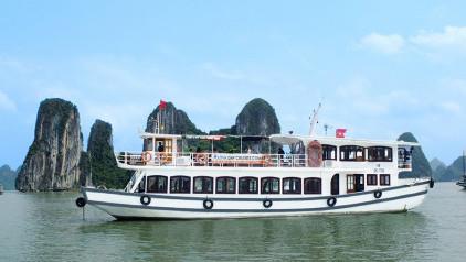 Cập nhật mới nhất giá vé đi vịnh Hạ Long