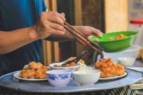 Food tour Hạ Long, ăn hoài chưa thấy hết!