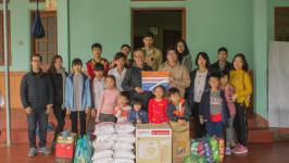 BestPrice tặng quà dịp cuối năm tại Trung tâm Hy Vọng Tiên Cầu (Hưng Yên)