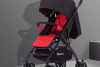 Có được mang xe đẩy em bé lên máy bay không? Cần chú ý điều gì?