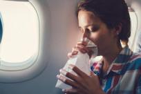 Đi máy bay có bị say không?