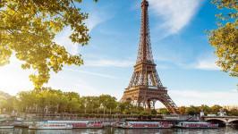 Vietnam Airlines giảm giá vé máy bay đi Pháp chỉ từ 10.6 triệu