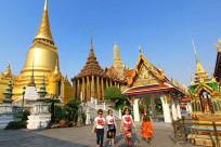Mặc gì khi đi đền chùa ở Thái Lan?