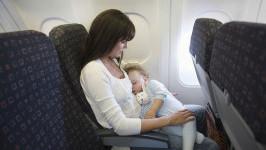 Quan trọng! Những lưu ý khi trẻ em dưới 2 tuổi đi máy bay Vietjet Air