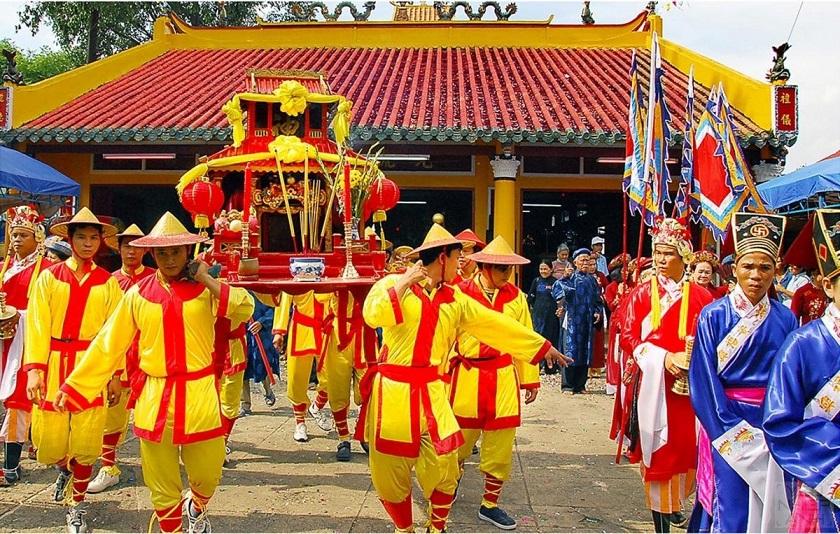 Lễ rước kiệu đình làng Túy Loan - Đà Nẵng