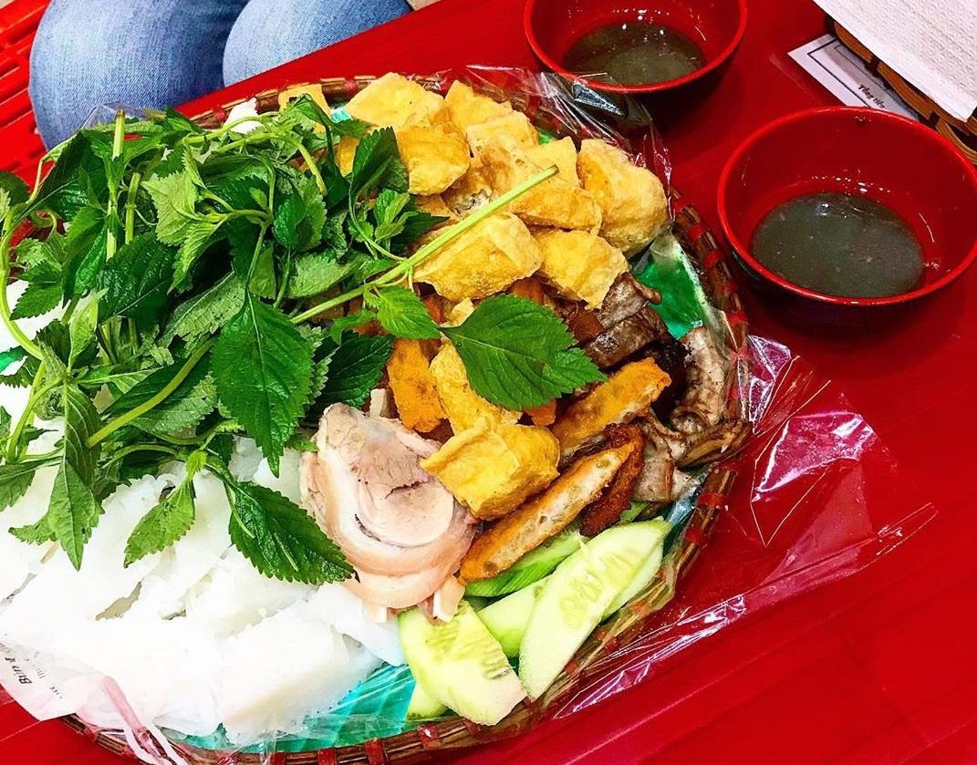 Bún đậu Cây Đa - Quán ăn ngon ở Hồ Tây Hà Nội bình dân