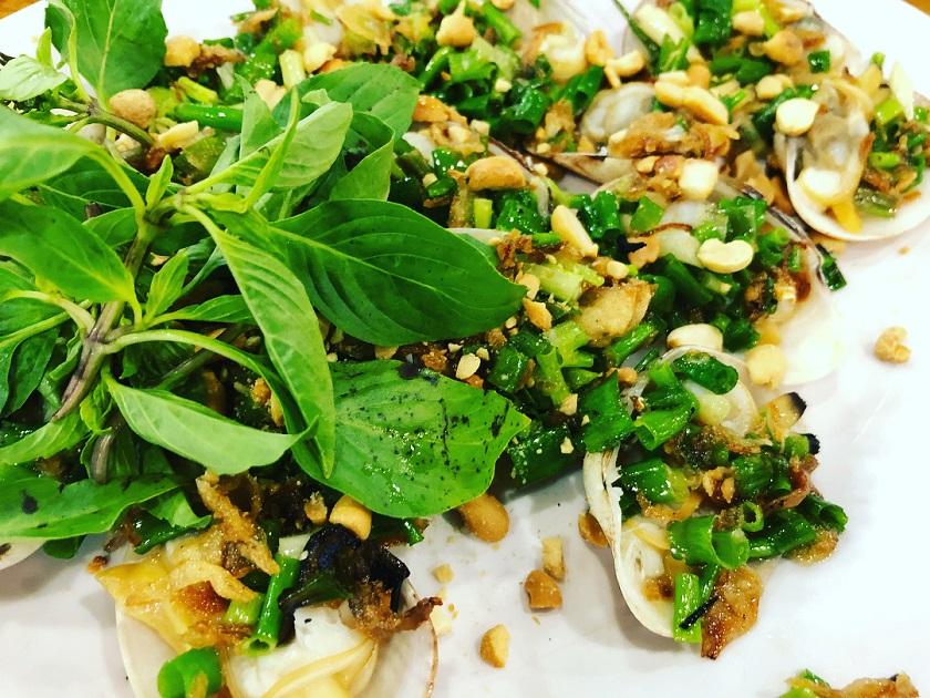 Nhà hàng Lê Gia 1 - Quán hải sản ngon ở Mỹ Khê Đà Nẵng hot nhất