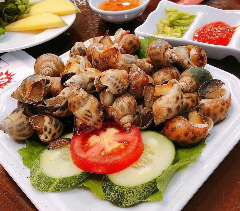 Hải sản Đà Nẵng Mỹ Hạnh - Quán hải sản ngon ở Mỹ Khê Đà Nẵng nổi tiếng