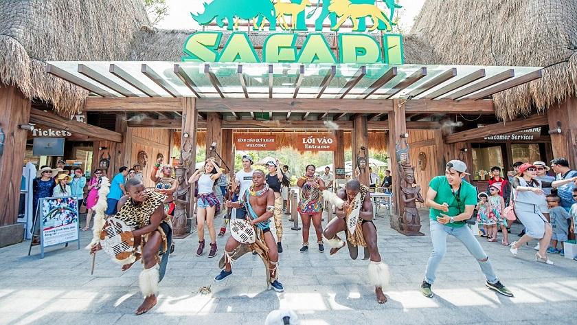 Hoạt động tại Vinpearl Safari Phú Quốc