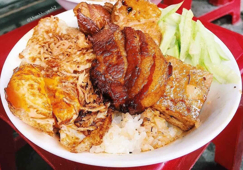 Xôi Hiền - Món ăn sáng ngon ở Nha Trang giá rẻ