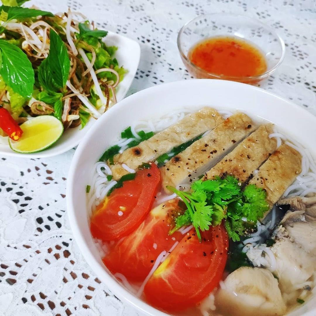 Bún cá Cô Ba - Quán ăn sáng ngon ở Nha Trang nên thử