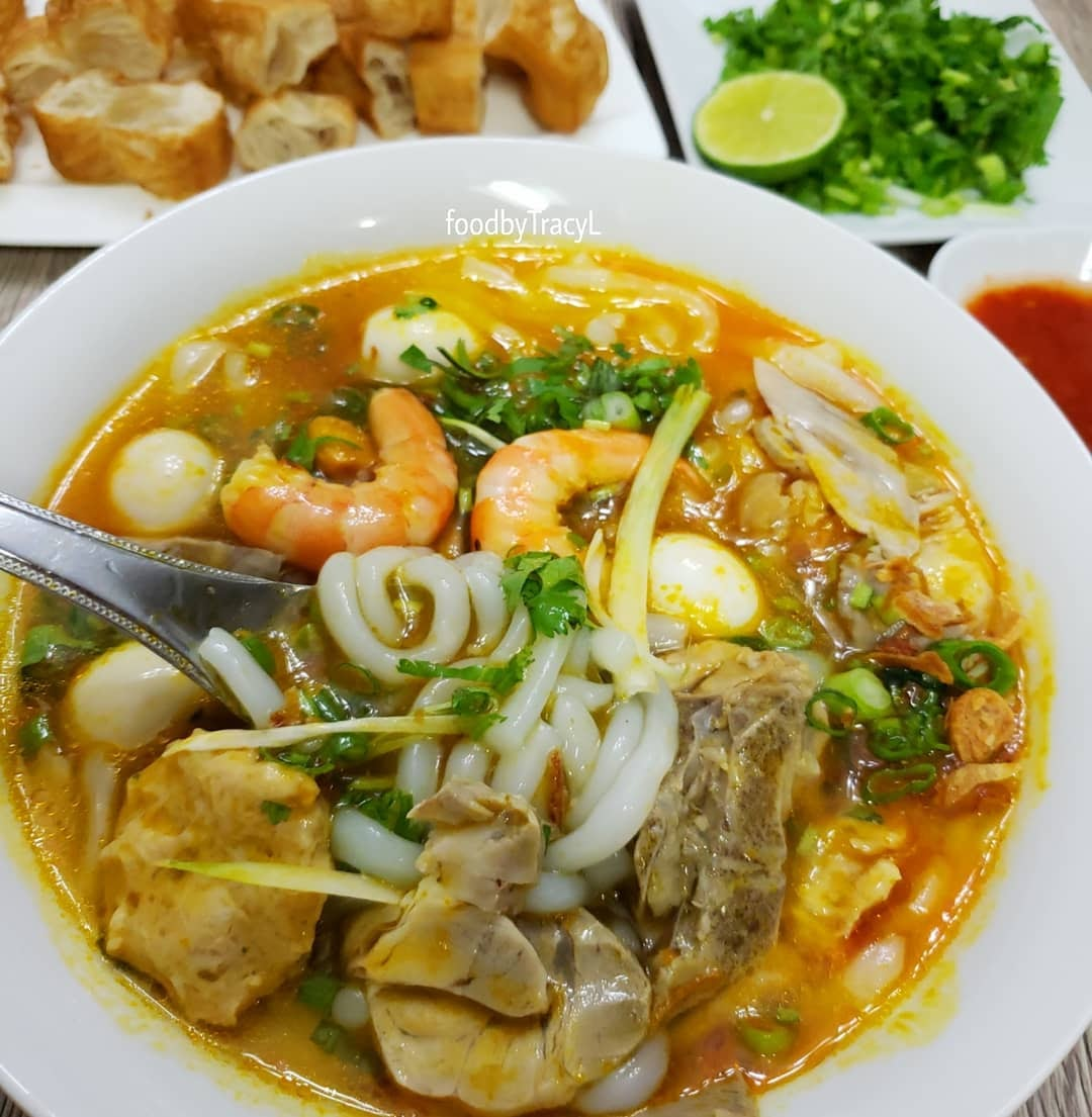 Bánh canh Bà Thừa - Món ăn sáng ngon ở Nha Trang hấp dẫn nhất
