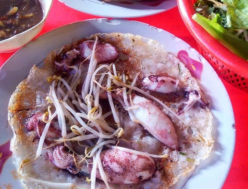 Bánh xèo Chị Bảy Nha Trang