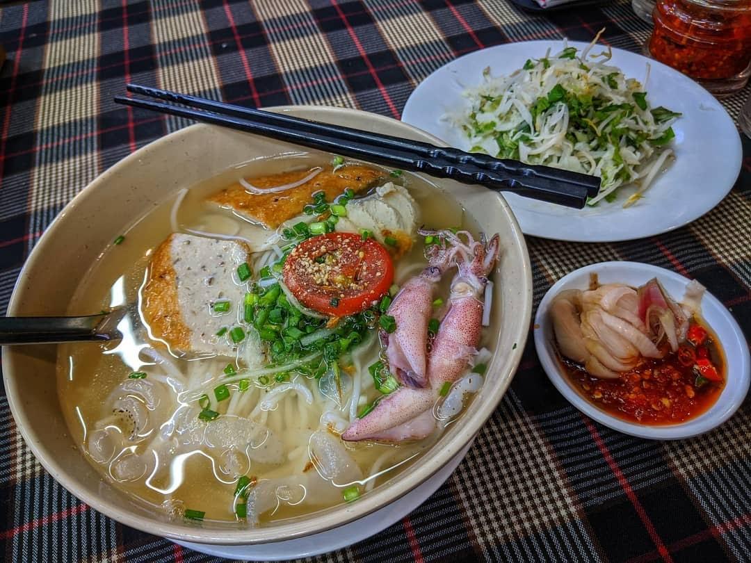 Bún cá Mịn - Quán ăn sáng ngon ở Nha Trang được yêu thích nhất