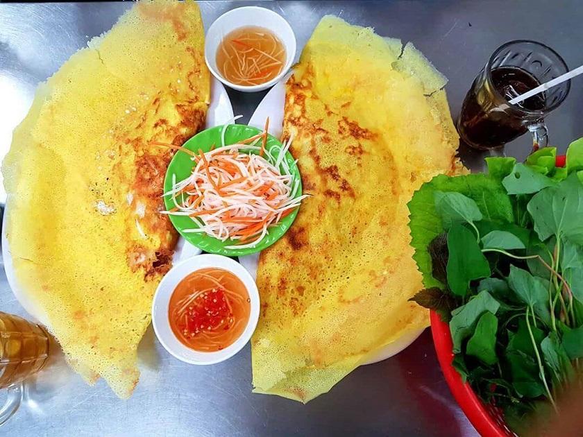 Bánh xèo chị Tam - Quán ăn vặt quận Tân Bình