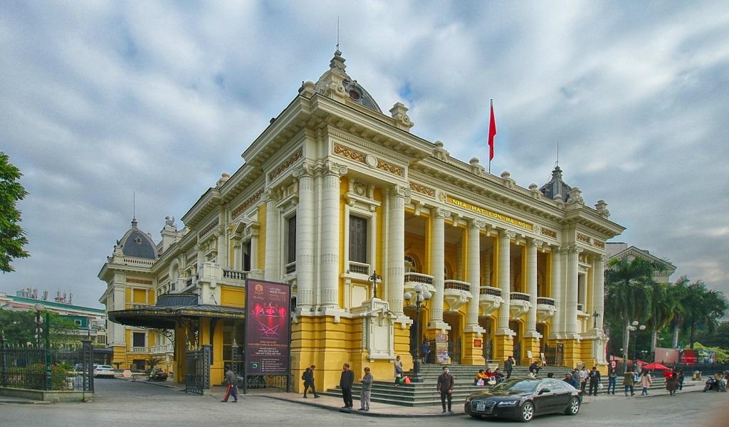 Nhà hát lớn, một trong những điểm du lịch tại Hà Nội