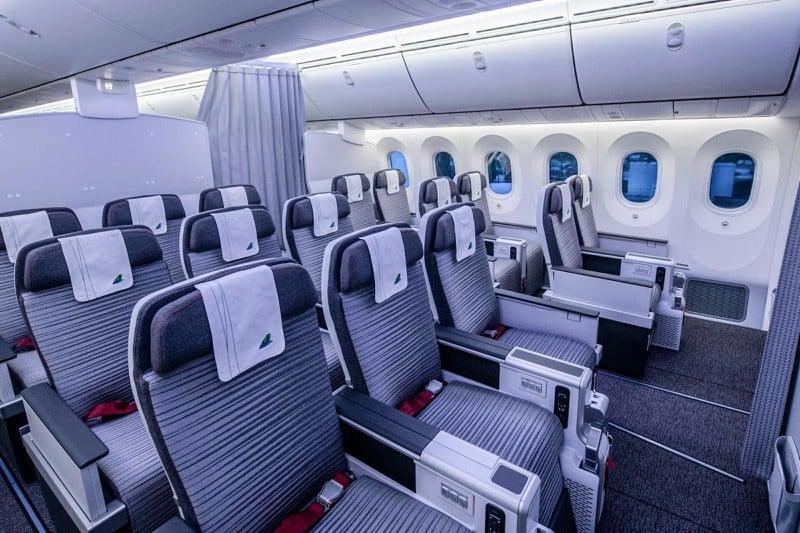 Nội thất hạng phổ thông máy bay Boeing 787-9 Dreamliner của Bamboo Airways