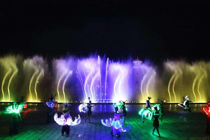 Biểu diễn nhạc nước tại Vinpearl Land Phú Quốc