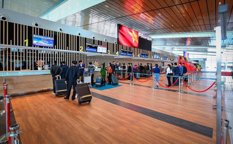 Khu vực check in vé máy bay tại sân bay