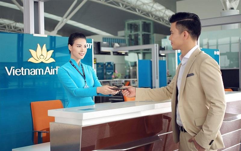 Thuế phí vé máy bay Vietnam Airlines