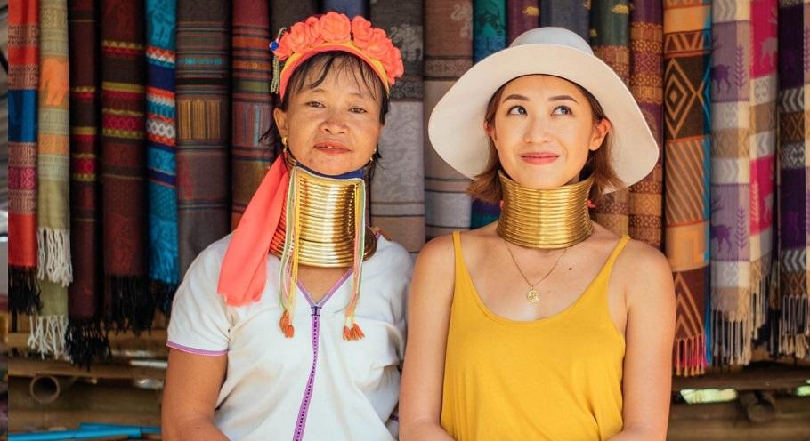 Ngôi làng cổ dài tại Thái Lan