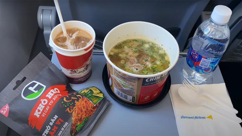 Suất ăn nhẹ trên máy bay Vietravel Airlines
