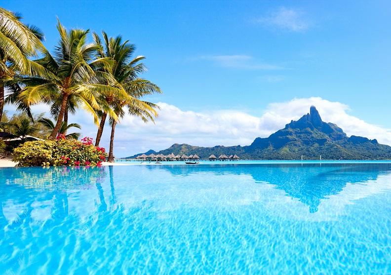 Maldives hấp dẫn du khách quanh năm.