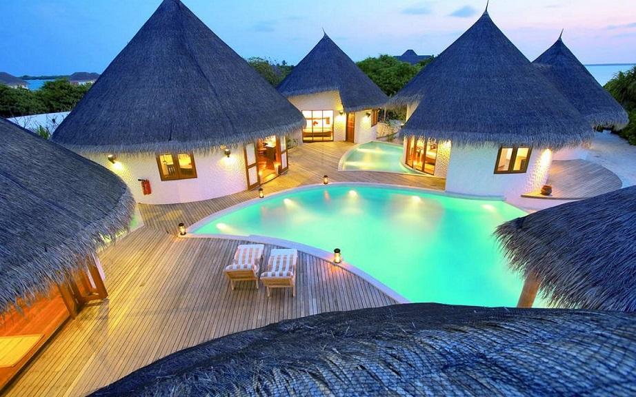 Khi Maldives lên đèn cũng thật ấm cúng.