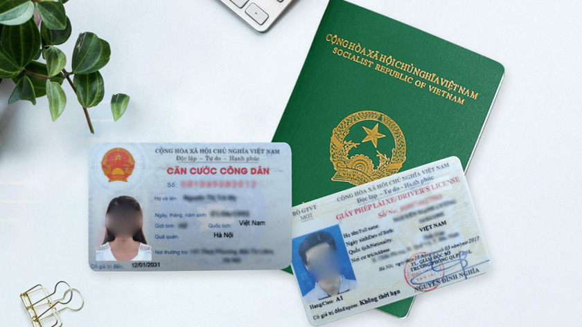 Giấy tờ tuy thân khi du lịch Hà Nội
