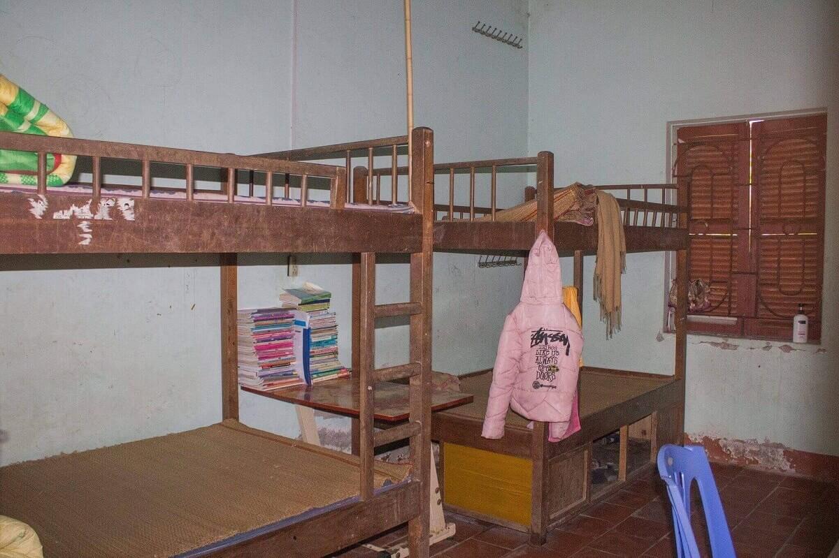 Góc ngủ và học tập của các cháu tại trung tâm nuôi dưỡng trẻ mồ côi Hy Vọng Tiên Cầu