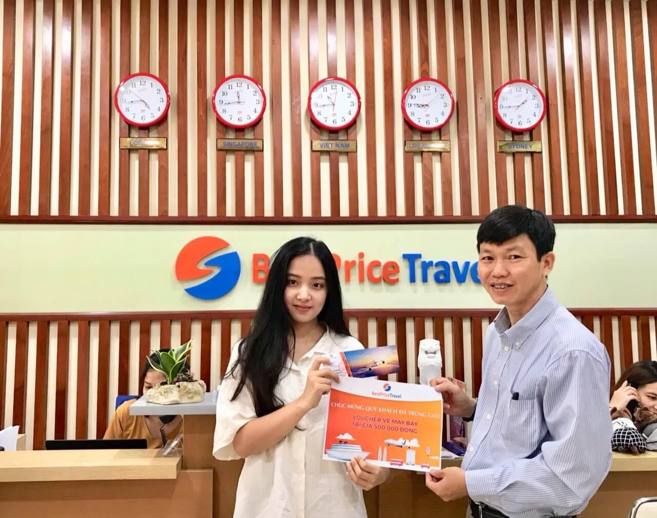 Chị Nguyen Ngoc Khanh Tam trúng giải voucher đặt vé máy bay 500.000đ