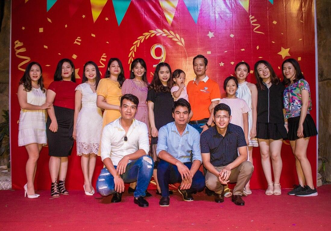 Hình ảnh bộ phận vé máy bay chi nhánh Hà Nội trong bữa tiệc