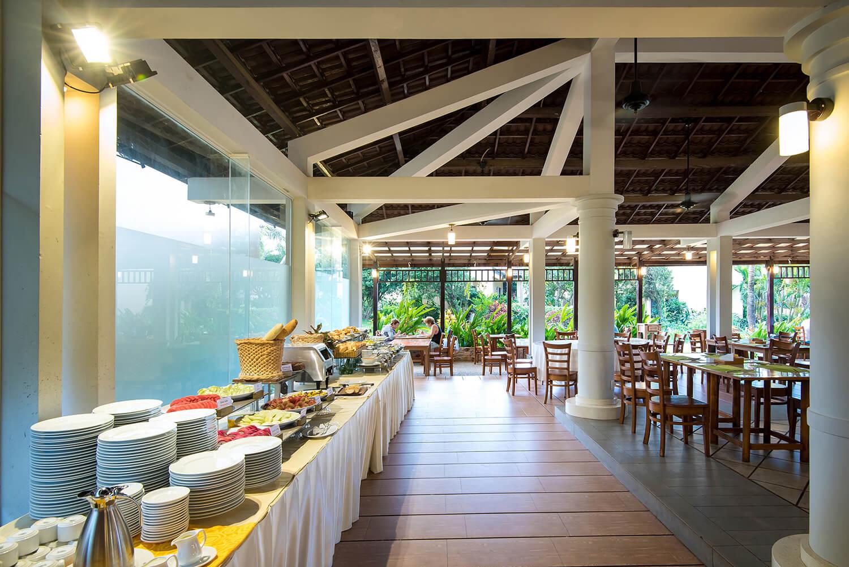 Nhà hàng Orchid tại Eden Resort
