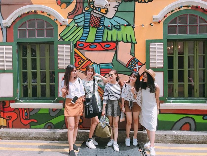 Lựa chọn trang phục thoải mái khi vui chơi tại Singapore