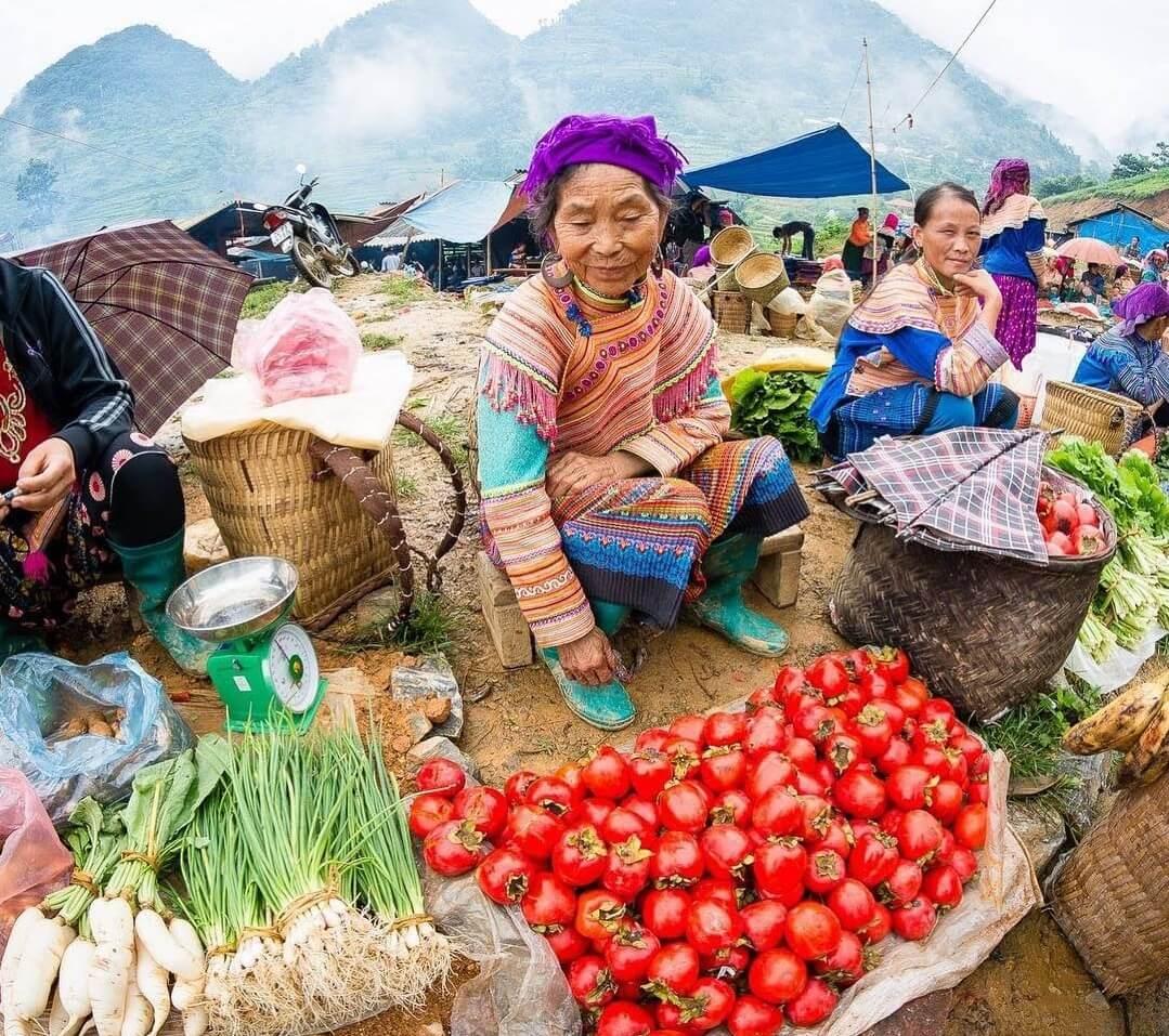 Chợ phiên Sapa - Địa điểm mua sắm nổi tiếng ở Sapa