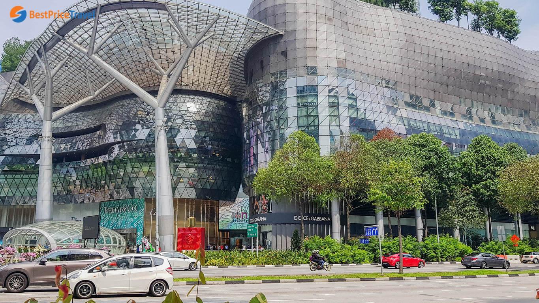 ION Orchard - một trong những trung tâm mua sắm đáng đến nhất tại Singapore