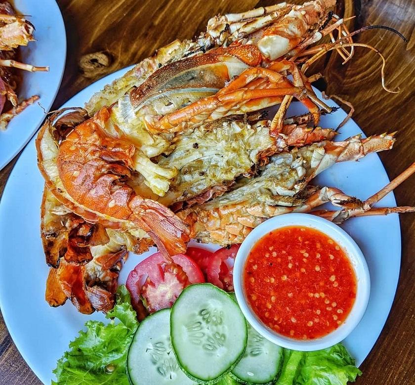 Bia Tô Lão Đại - Quán ăn tôm hùm ở Đà Nẵng nổi tiếng
