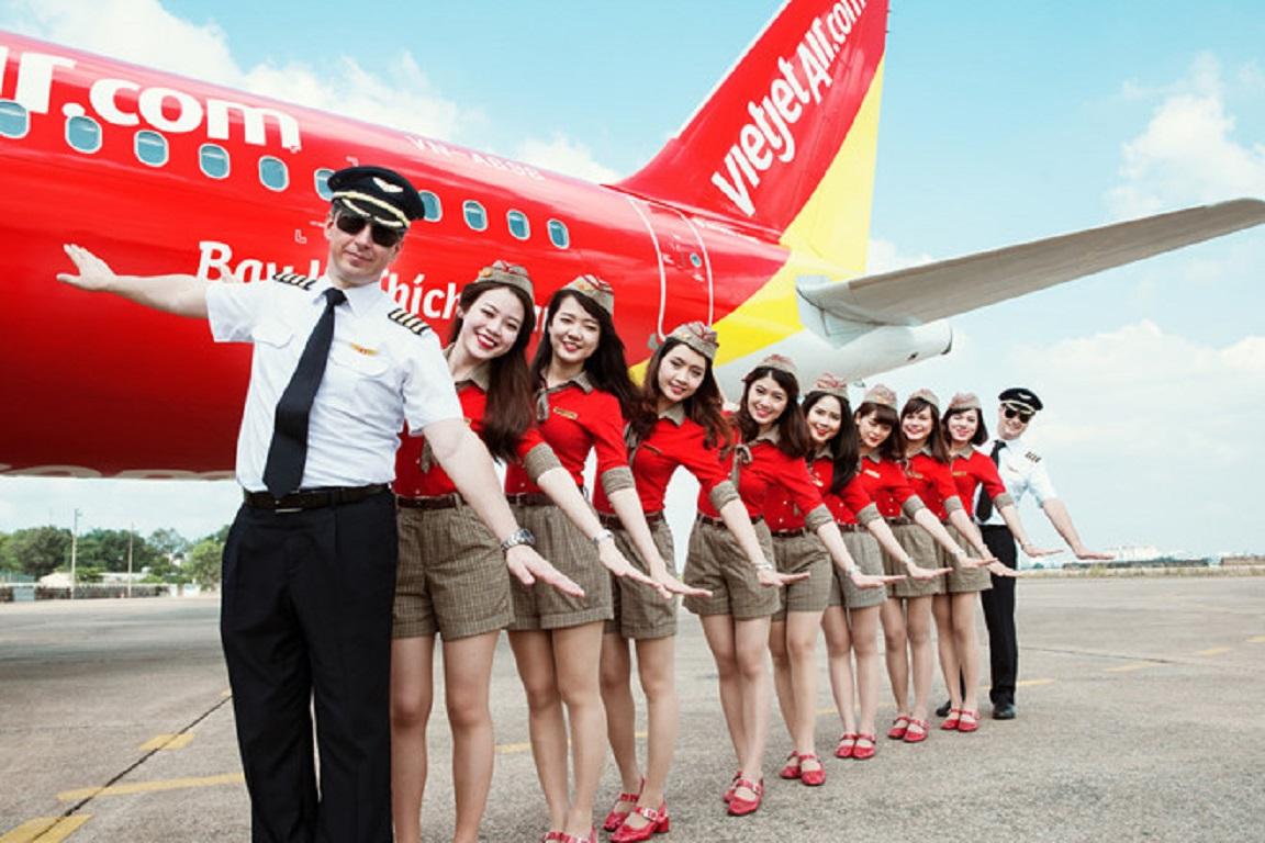 Đội ngũ tiếp viên và phi công của Vietjet Air