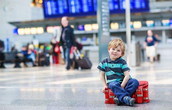 Giá vé trẻ em đi máy bay