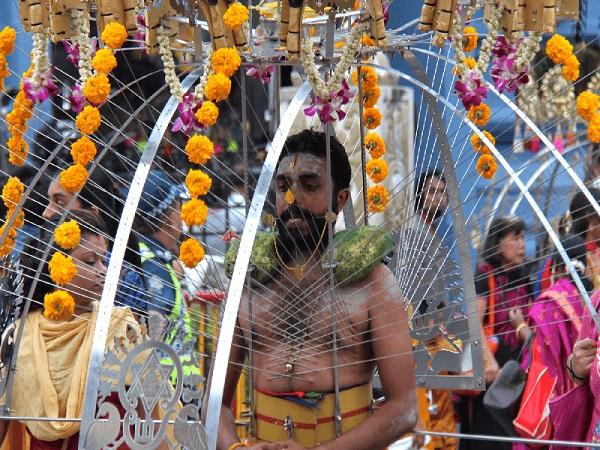 Lễ hội Thaipusam diễn ra vào tháng 2