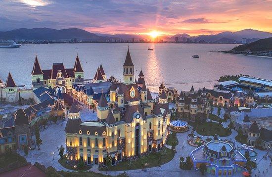 Vinpearl Land Nha Trang.