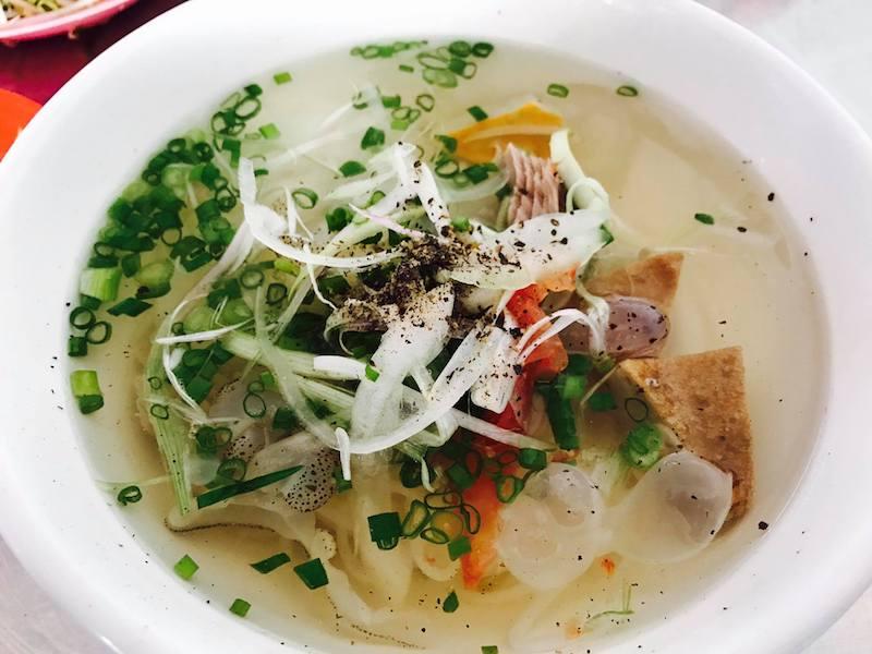 Bún cá lá Cây Bàng - Một trong các quán ăn ngon ở Nha Trang