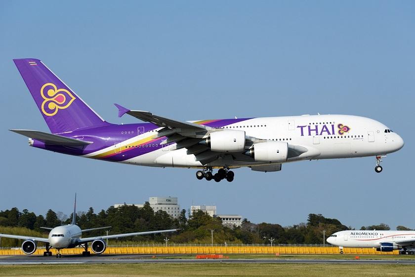 Di chuyển từ Bangkok tới Chiang Mai bằng máy bay để tiết kiệm thời gian nhất
