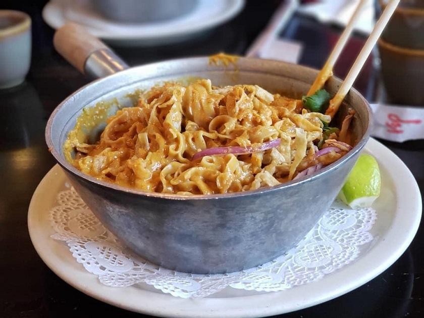 Món Khao Soy
