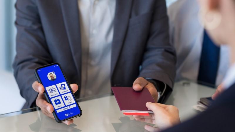 Xuất trình Hộ chiếu sức khỏe điện tử khi làm thủ tục bay quốc tế