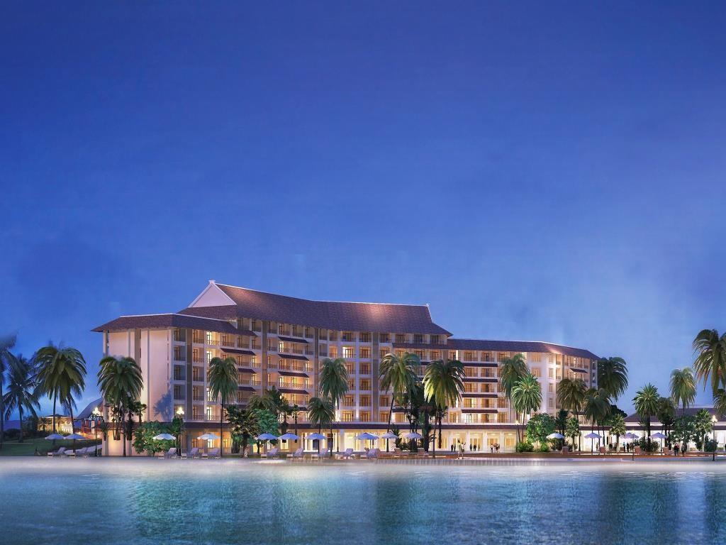 Khách sạn 5 tầng với 184 phòng nghỉ sang trọng