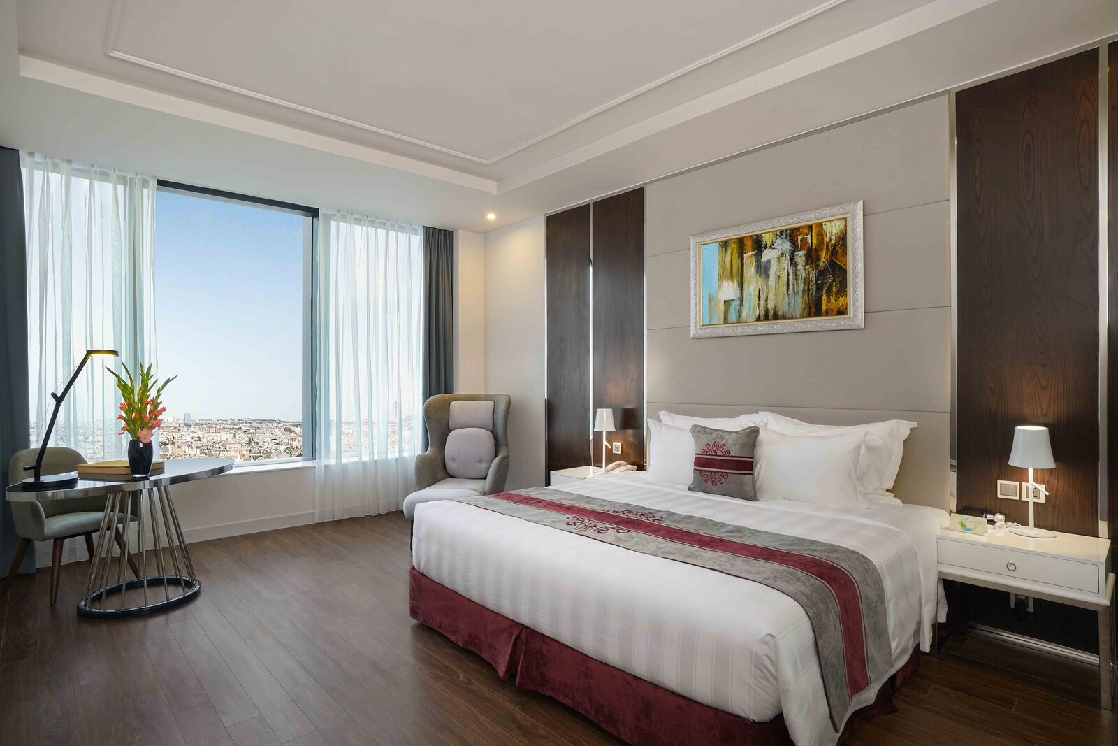 Phòng Deluxe tại Vinpearl Hotel Hà Tĩnh