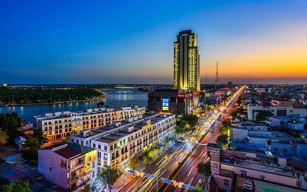 Vinpearl Cần Thơ là khách sạn 5* đầu tiên và cao nhất vùng Đồng bằng sông Cửu Long