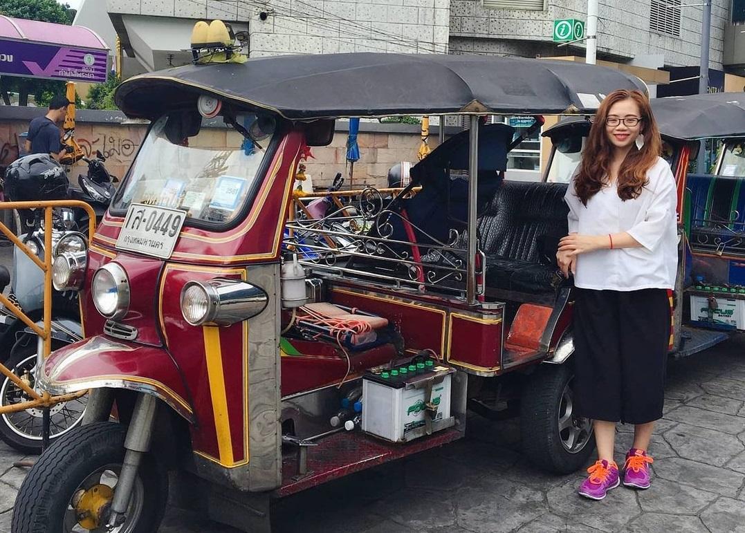 Phương tiện di chuyển phổ biến của khách du lịch Thái Lan là xe tuk tuk